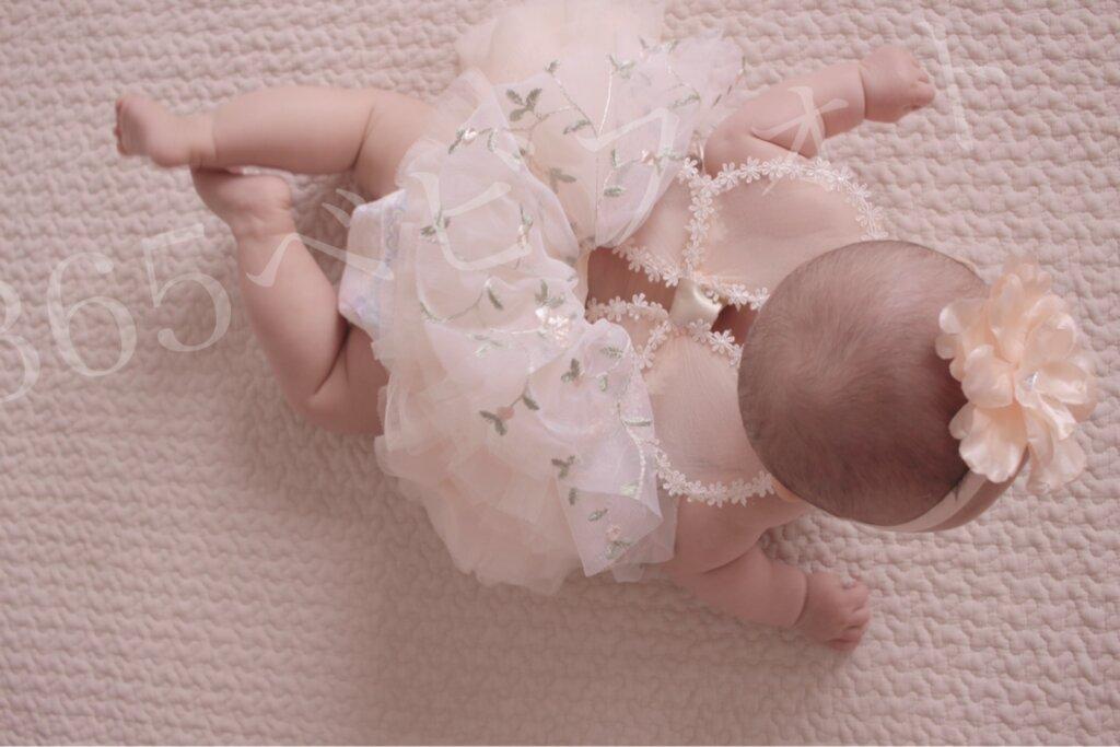 ハーフバースデー女の子の衣装。チュールスカート!